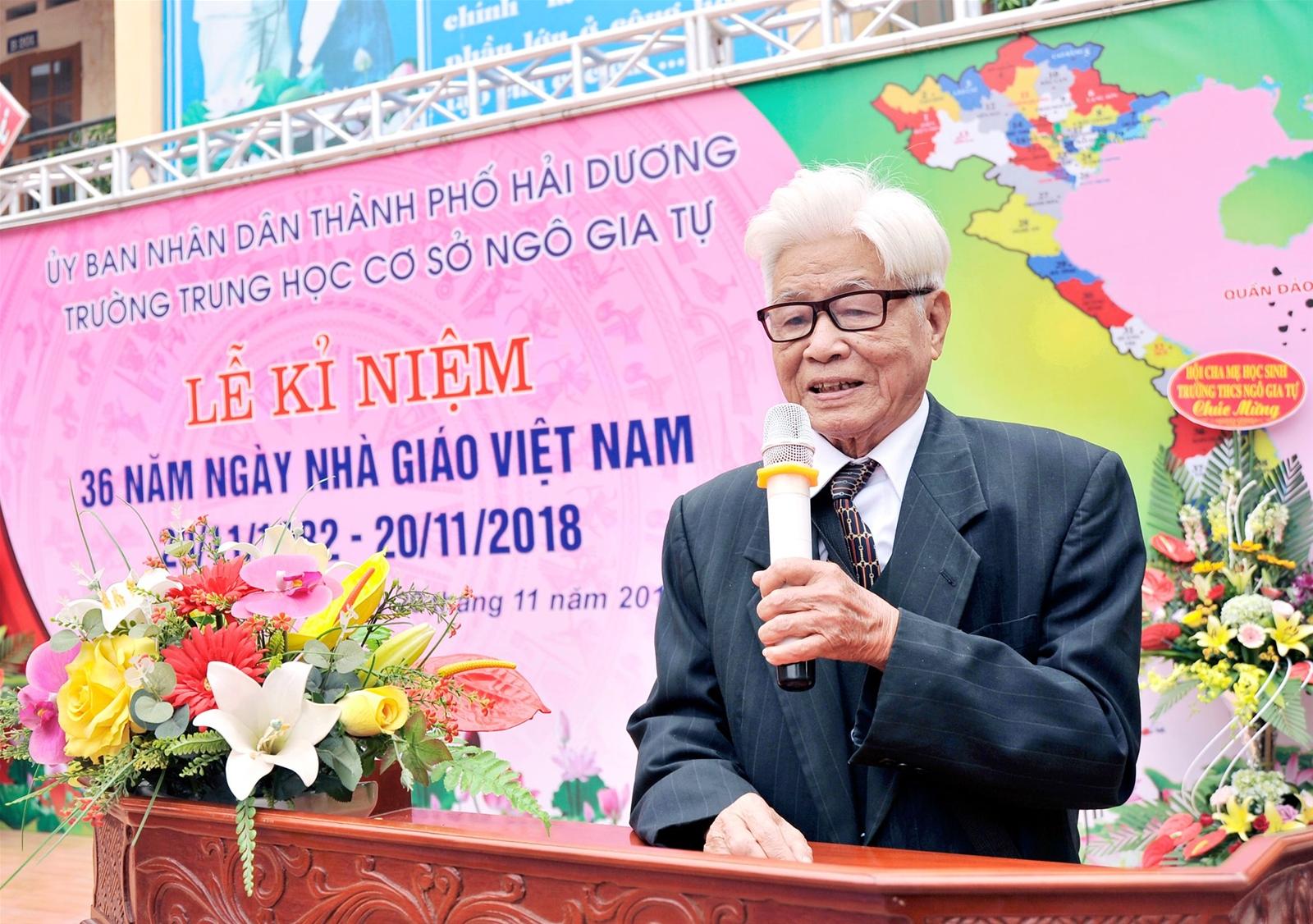 Thầy Nguyễn Huy Khoát